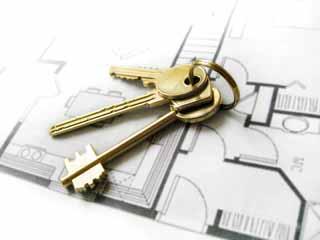 Andrahandsuthyrning av bostadsrätt - Du och din hyresgäst bör absolut upprätta ett hyreskontrakt er emellan när du hyr ut din bostadsrätt i andra hand.