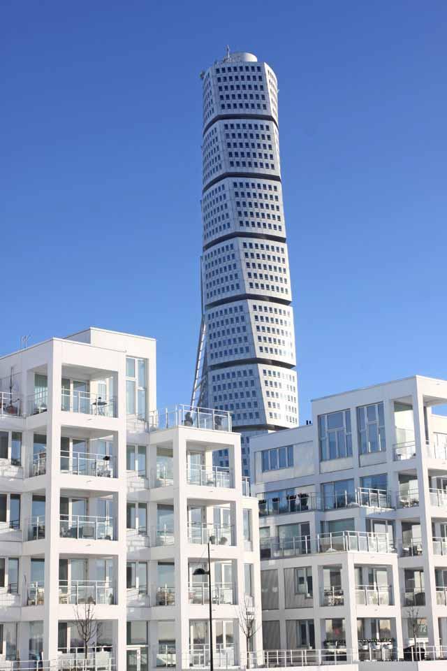 Ska du hyra ut din bostadsrätt i andra hand så gäller nya regler för andrahandsuthyrning av bostadsrättslägenhet.