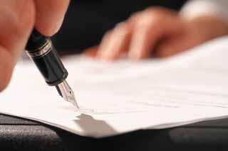 Att skriva testamente själv är ingen konst om ni använder er av testamente från Juridiska Dokument!